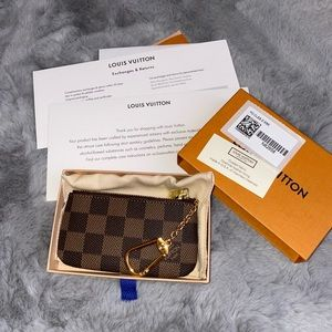 Louis Vuitton Key Pouch DE